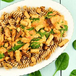 hummuspasta met spinazie